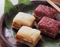 あなごめし うえの 穴子の黒米寿司