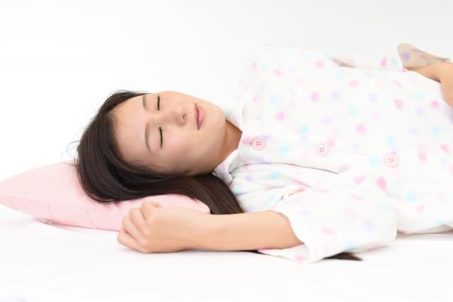 土曜はナニする ハイテク快眠グッズ パジャマ いびき防止 目覚まし